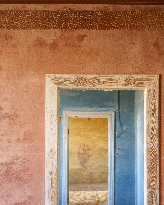 Three_Doors_Abstract_3000.jpg