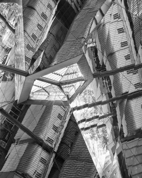 Architectural Pianoforte - On White